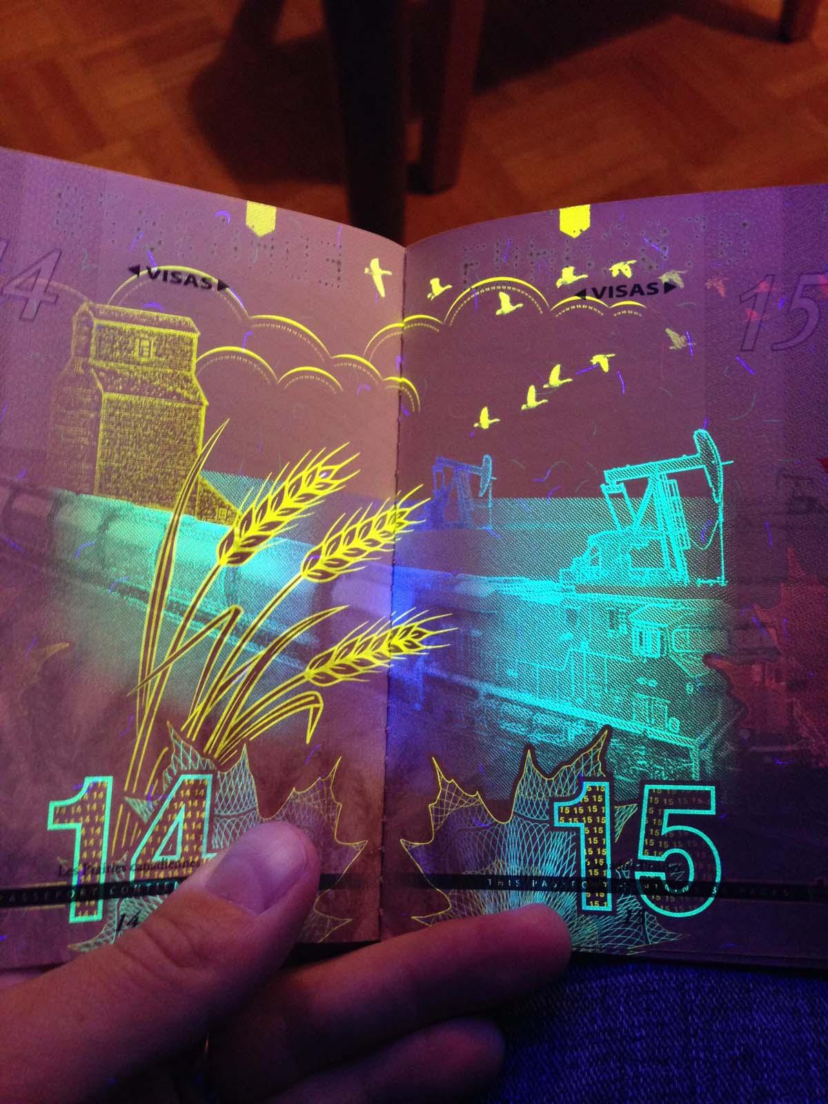 Au Canada, le nouveau passeport réagit à la lumière noire