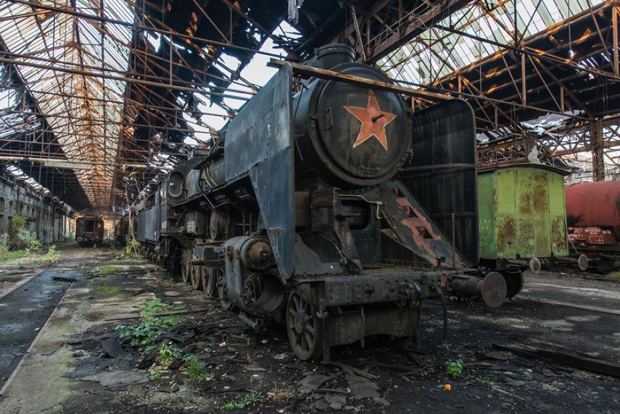 Dépot de train abandonné en Europe