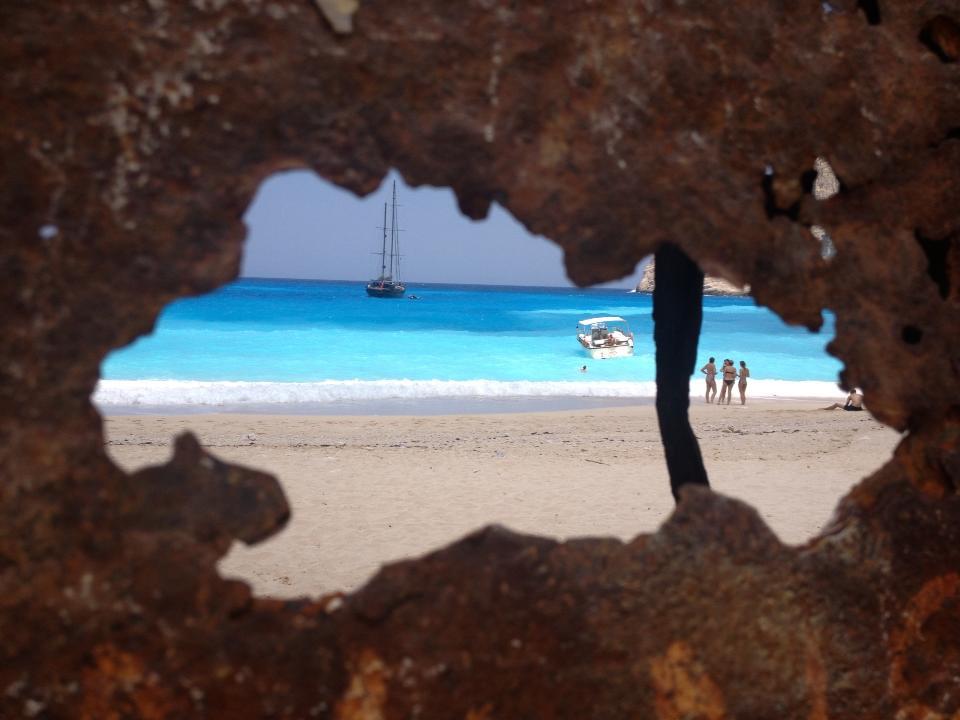 Les 10 plus belles photos de Navagio Beach, la plage des naufragés en Grèce