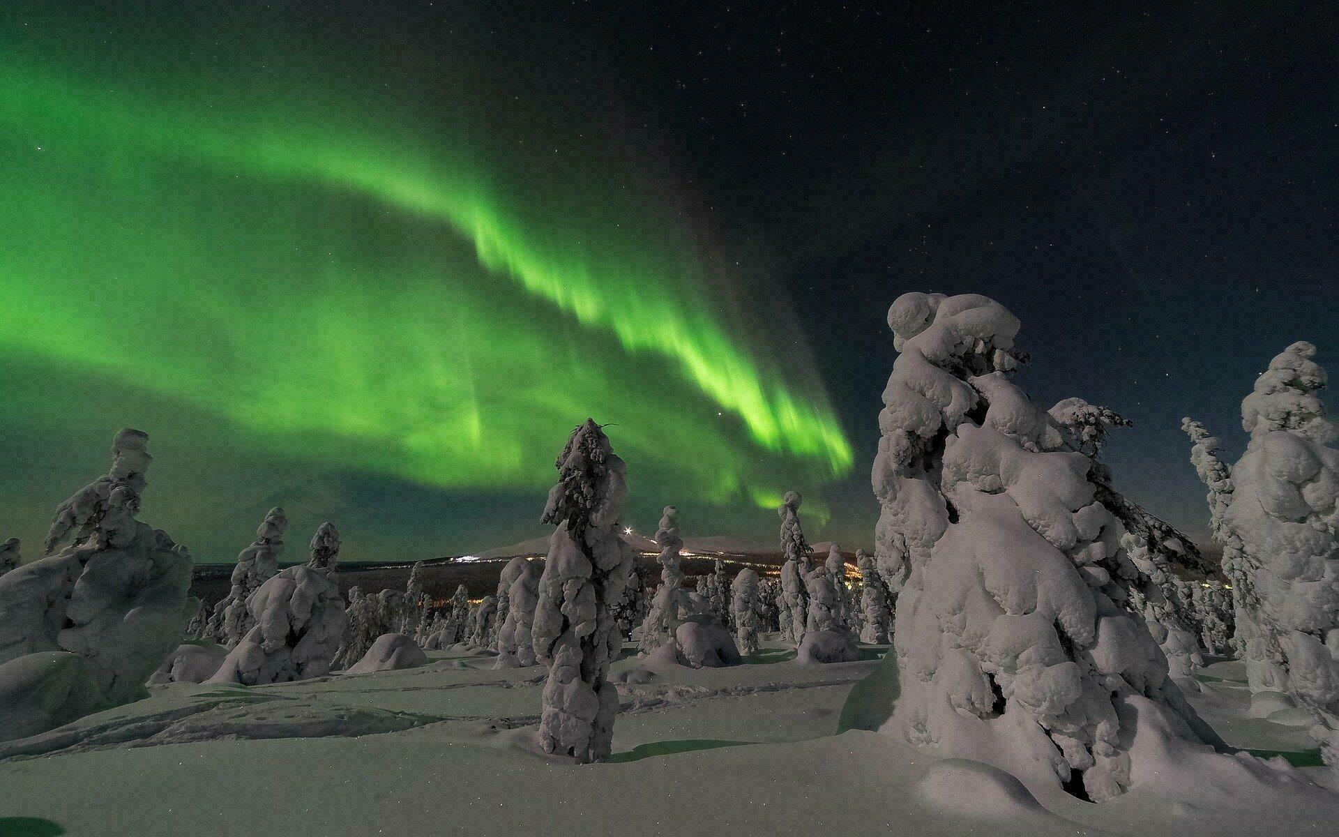 Les fameuses aurores boréales en Laponie finlandaise