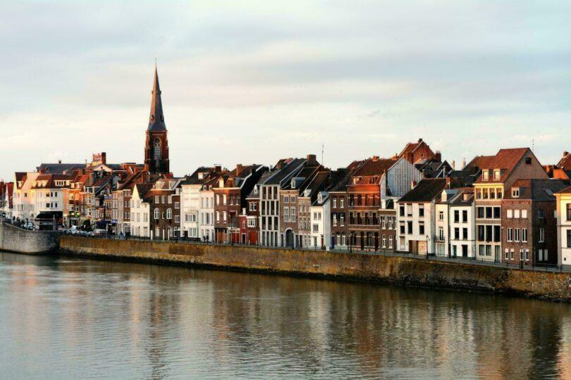 Maastricht bord de la Meuse Pays Bas
