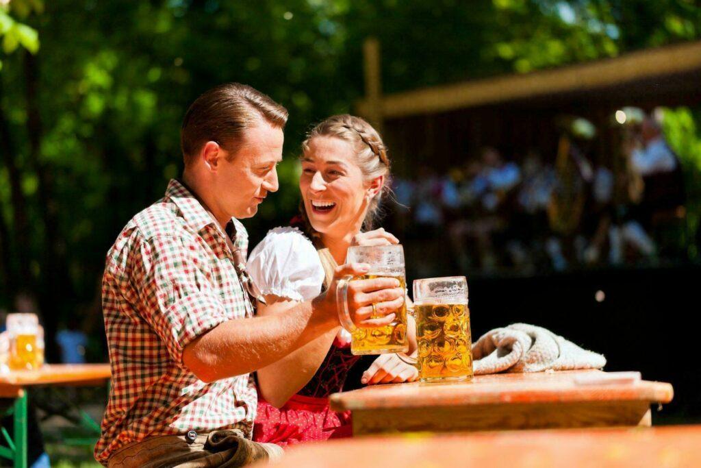 Munich couple biere