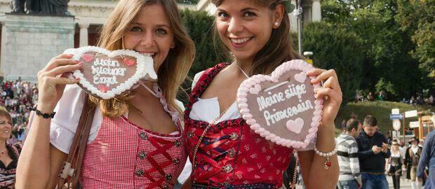 Bavaroises à l'Oktoberfest
