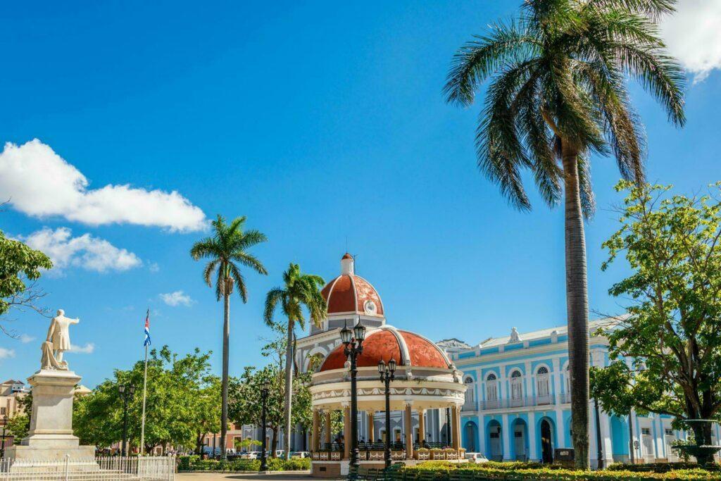 Cuba Cienfuegos Jose Marti central park