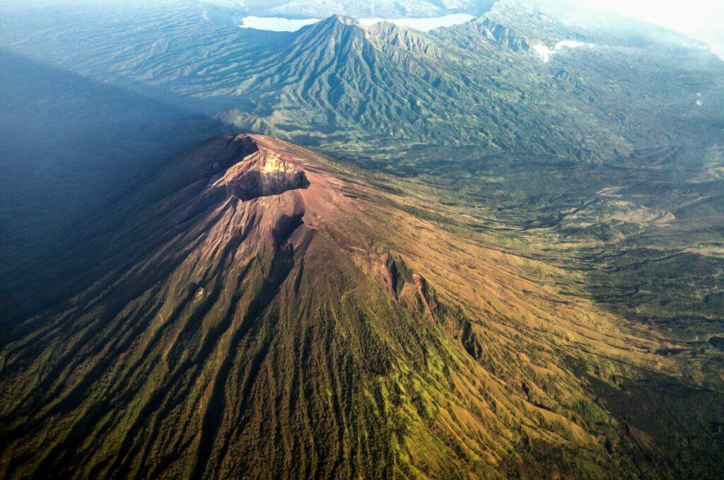 Voir les volcans de Bali lors de votre voyage