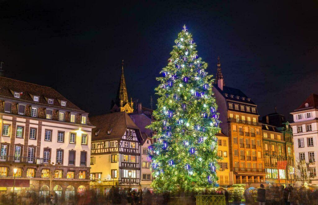 Strasbourg marche de Noel et son sapin