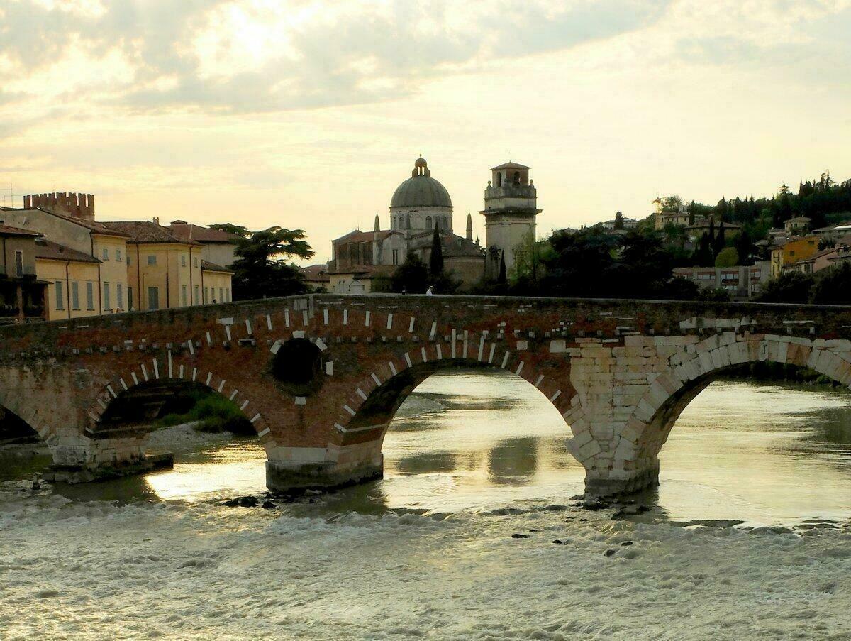 Ponte Pietra - Vérone