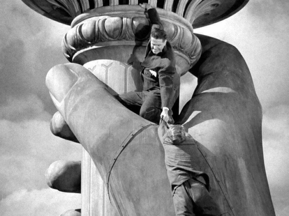 La Statue de la Liberté dans le film Cinquième Colonne d'Alfred Hitchcock