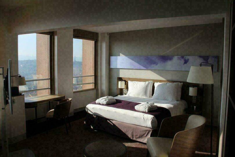 Lyon Dubai Vol Hotel