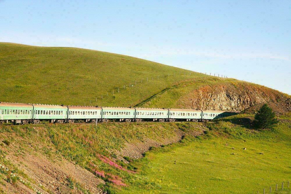 Transsibérien dans les steppes de Mongolie