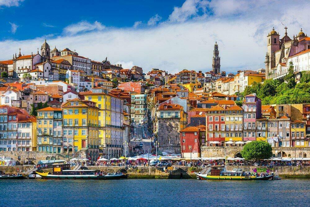 Vieille ville de Porto depuis le Douro