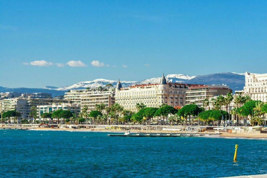 La Croisette et les plages de Cannes