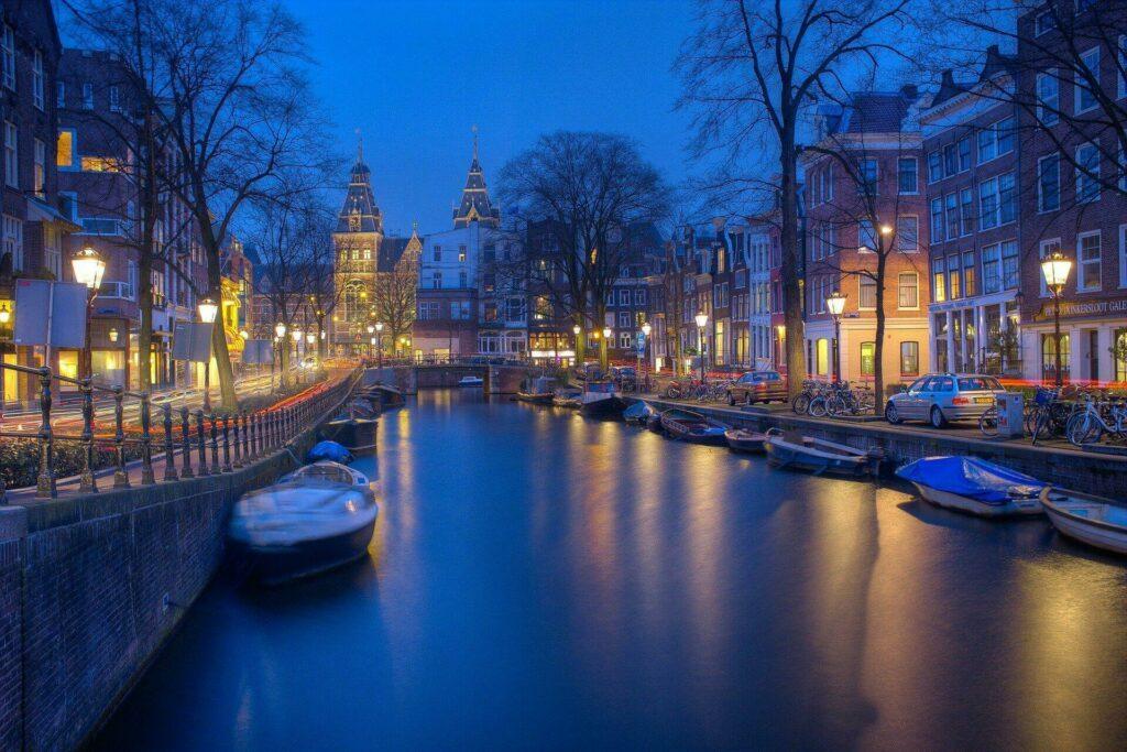 Amsterdam en amoureux en Juillet