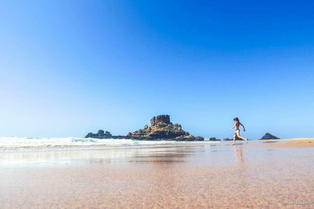 Praia do Castelejo en Algarve au Portugal, labellisée Pavillon Bleu