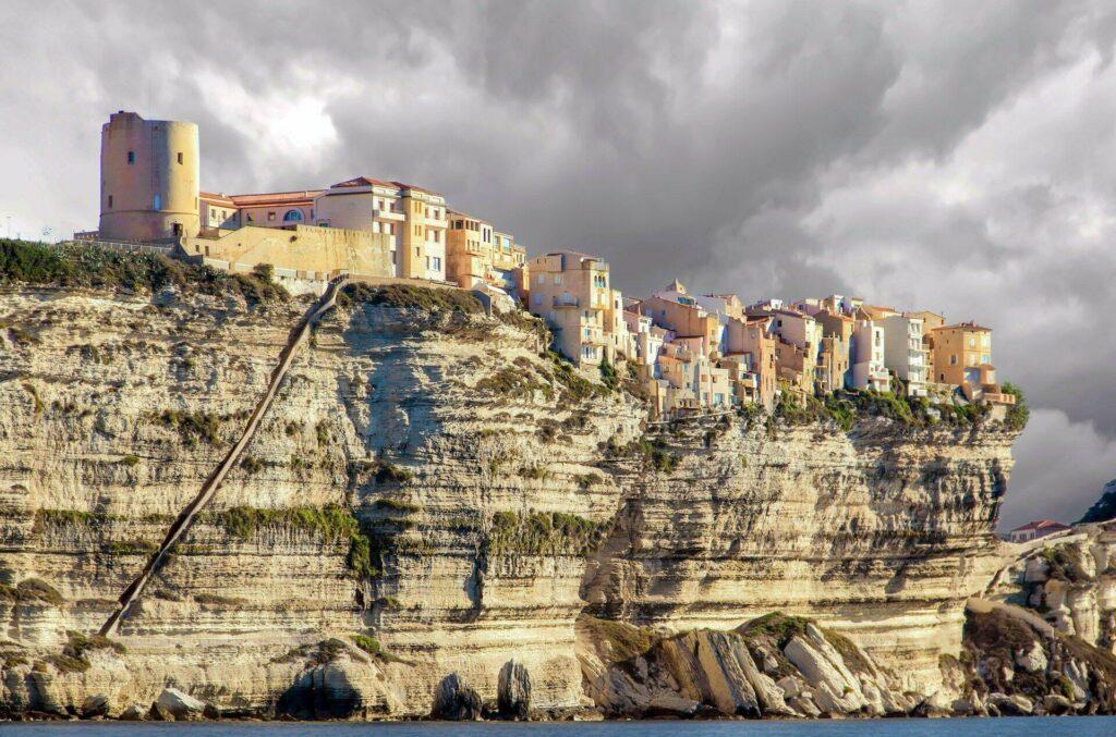 La ville de Bonifacio, en Corse