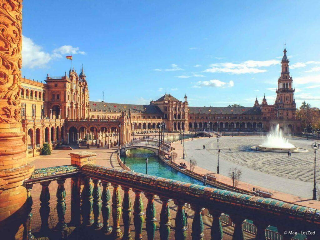 Place d'Espagne à Séville en Andalousie