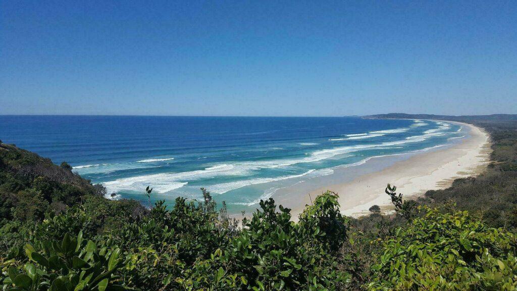 Une belle plage située vers Byron Bay, en Australie