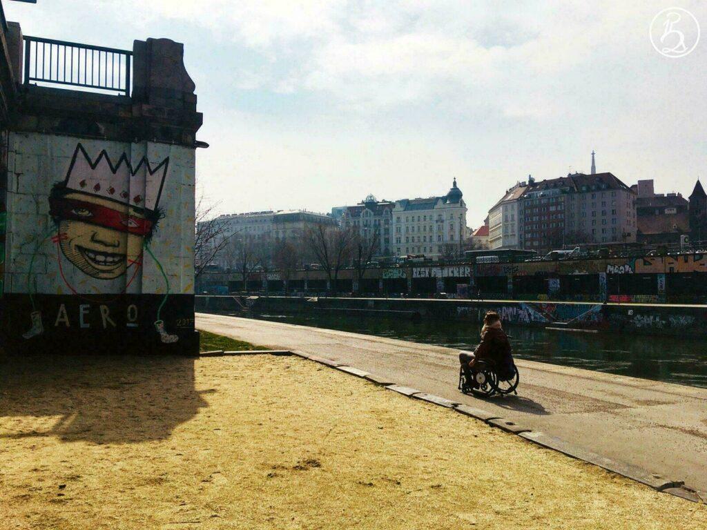 Vienne : une ville adaptée au fauteuil roulant