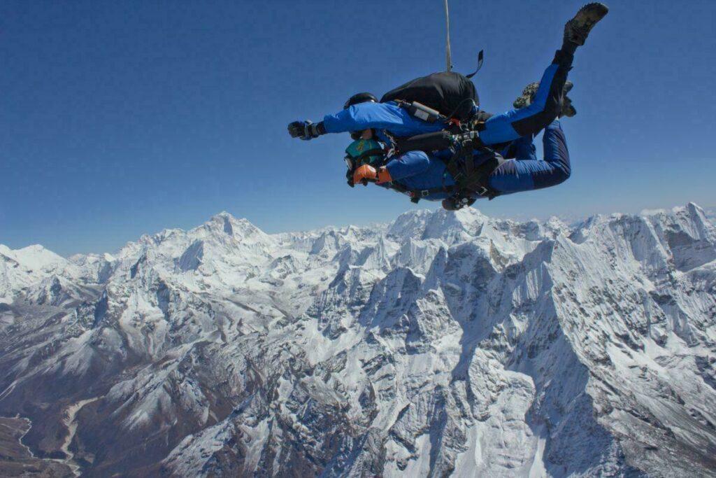 Sauter au-dessus de l'Everest