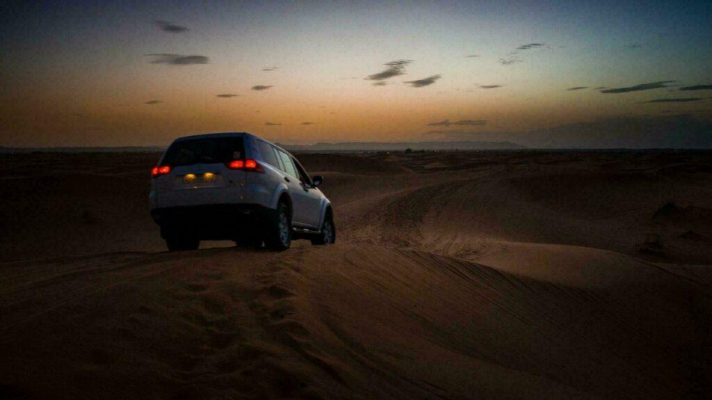 4x4 dans le désert de Merzouga (Maroc)