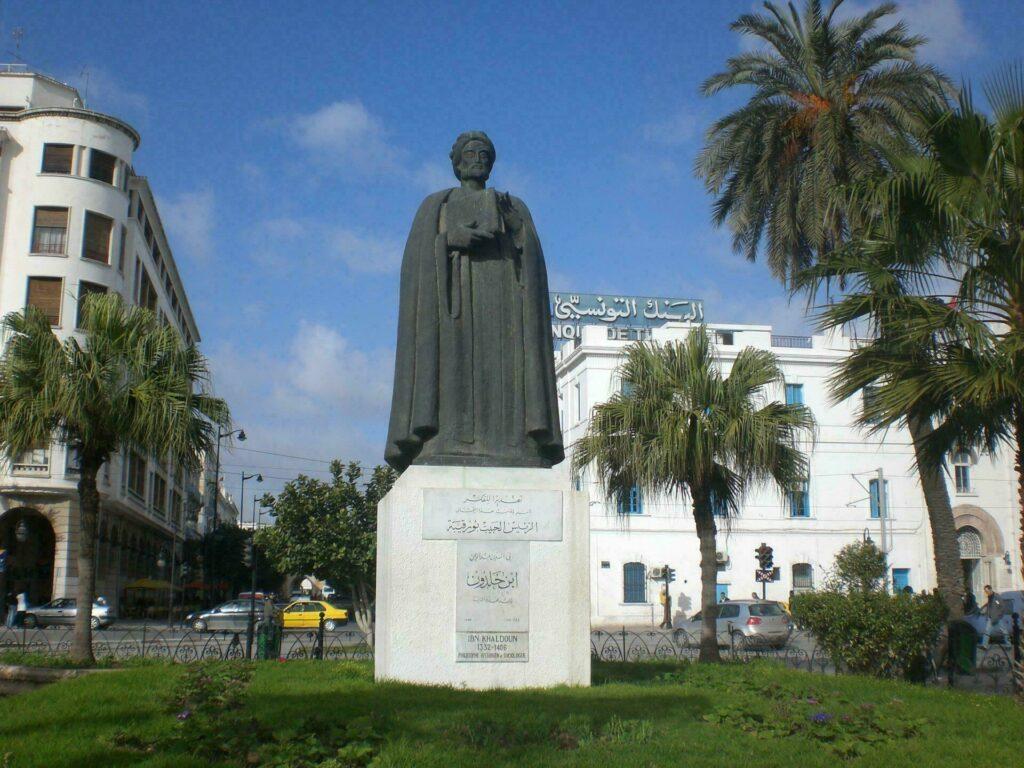 Statue Ibn Khaldoun