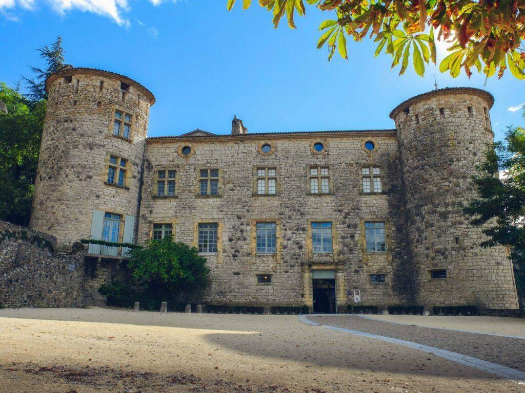 Ardèche chateau de Vogue leszed