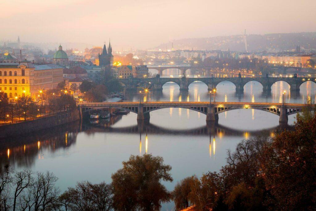 Prague pont charles fleuve