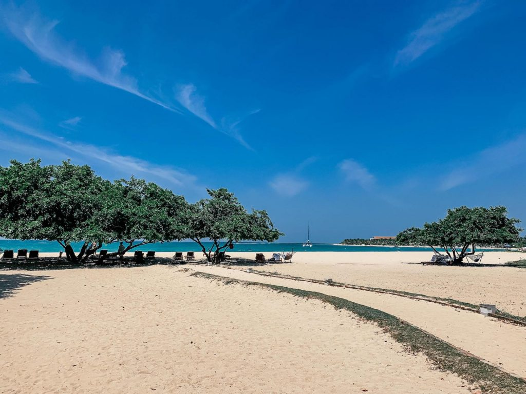 La plage de Passikudah au Sri Lanka