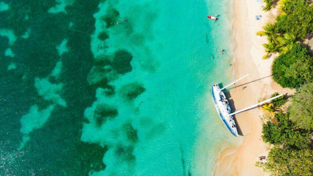 L'eau turquoise de la Martinique