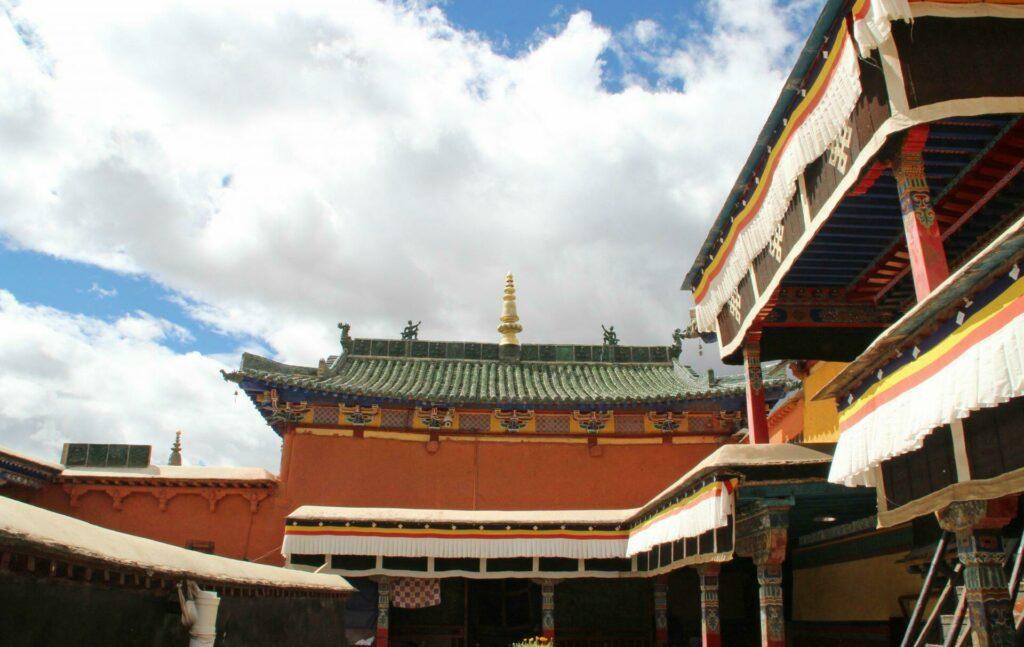 monastère Shalu