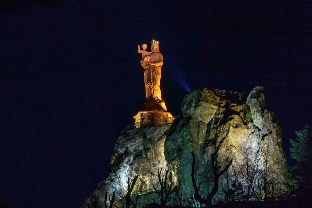 Puy-en-Velay - La statue de Notre-Dame de France