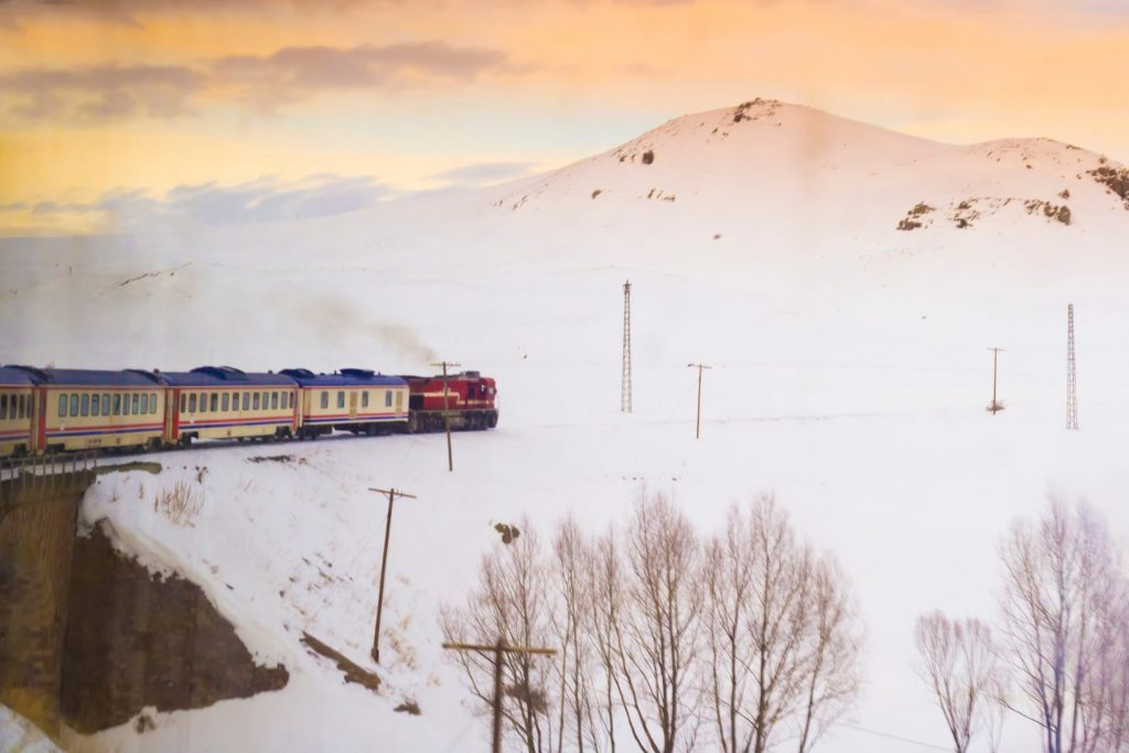 train neige Ankara