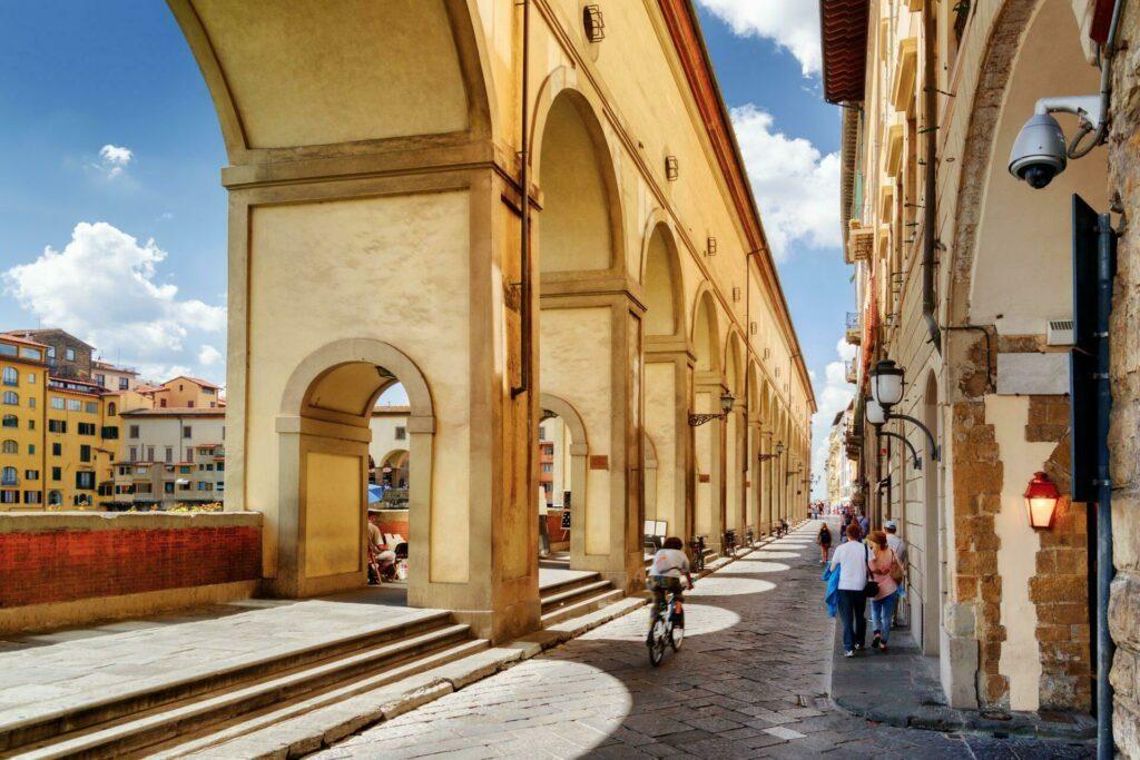 arches Vasari Florence