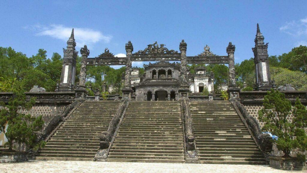tombeau Khai Dinh