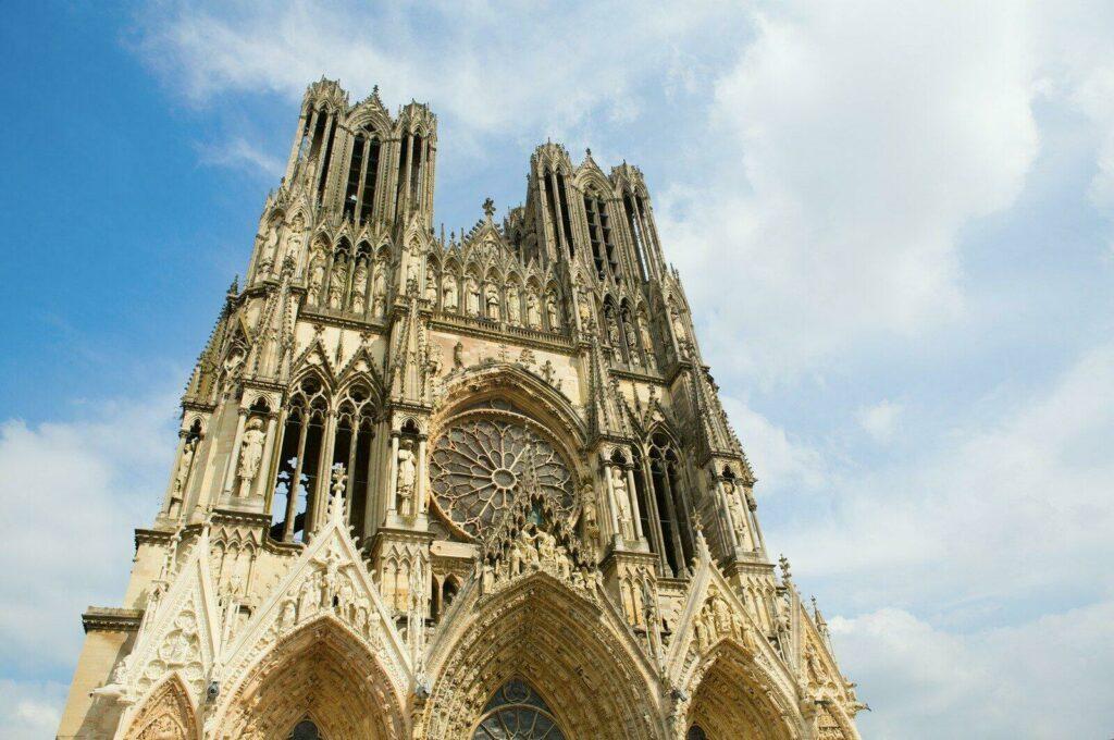 La cathédrale de Reims, emblème de l'Histoire de France