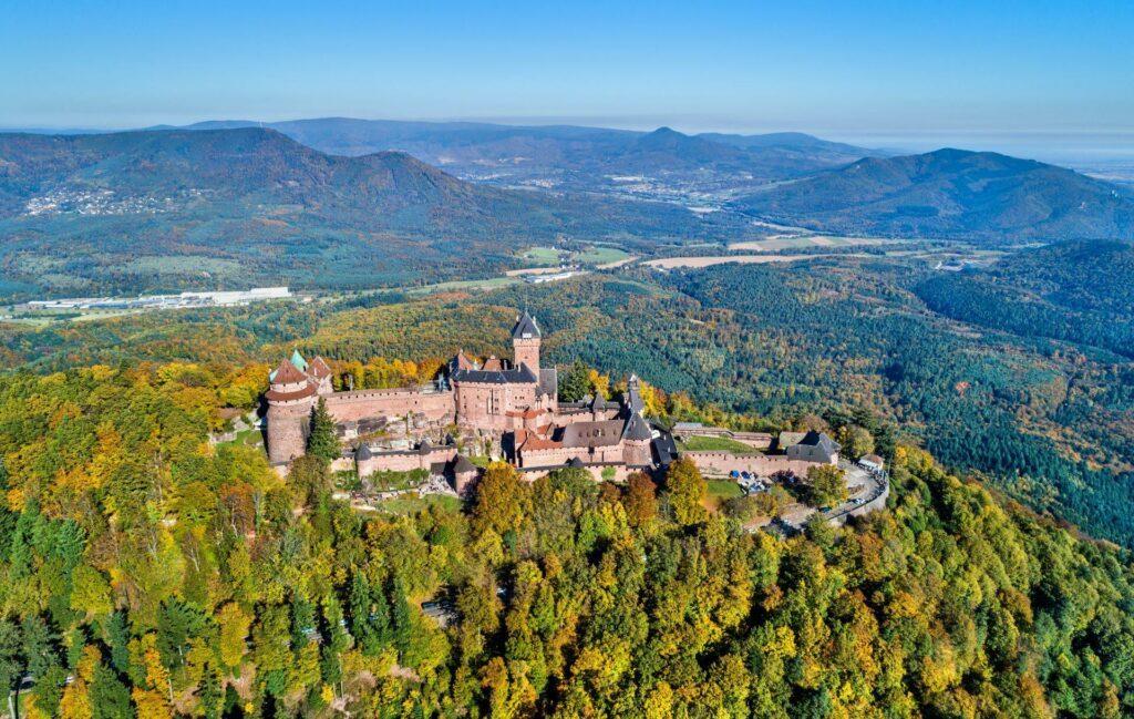 Chateau du Haut-Koenigsbourg autour de Strasbourg
