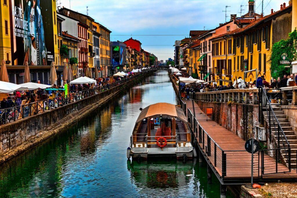 Milan, Naviglio Grande