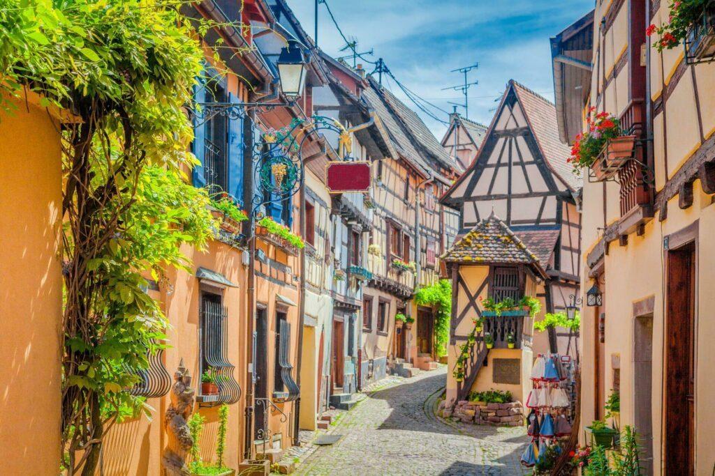 Village d'Eguisheim autour de Strasbourg
