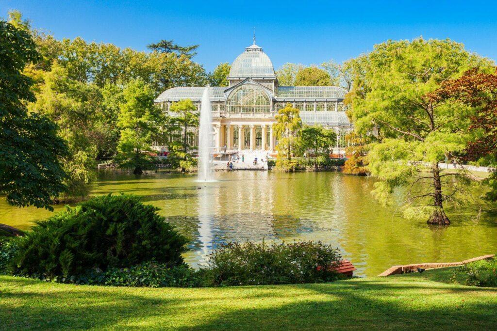 Le Palacio de Cristal dans le Parc Retiro