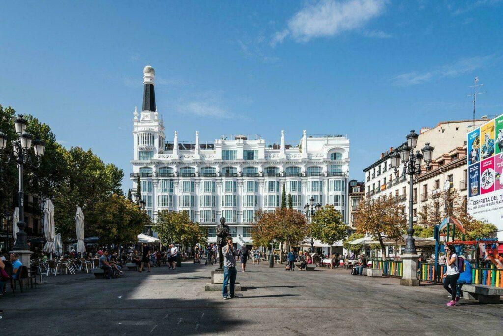 La Plaza Santa-Ana dans le Barrio de las letras
