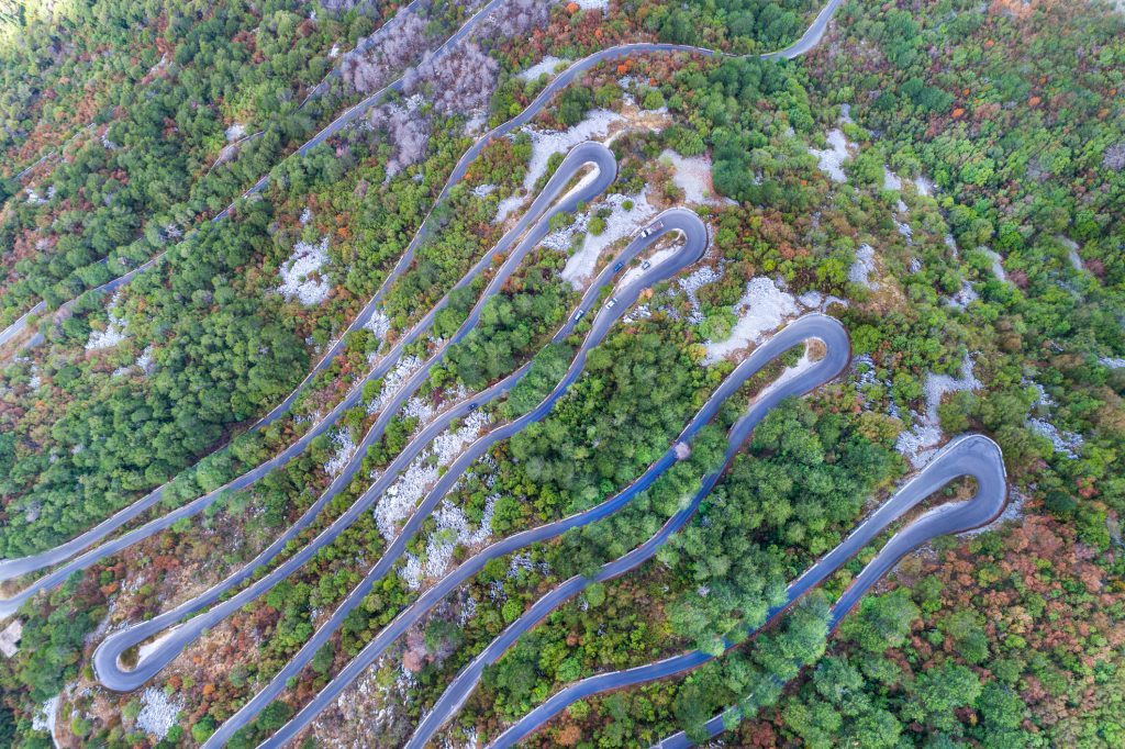 route Serpentine