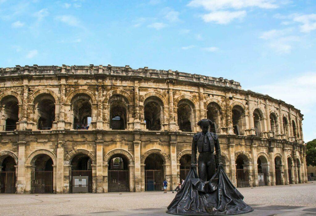 Que visiter en Occitanie ? Nîmes et ses arènes !