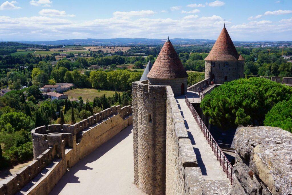 Que faire en Occitanie ? Faire les remparts de Carcassonne