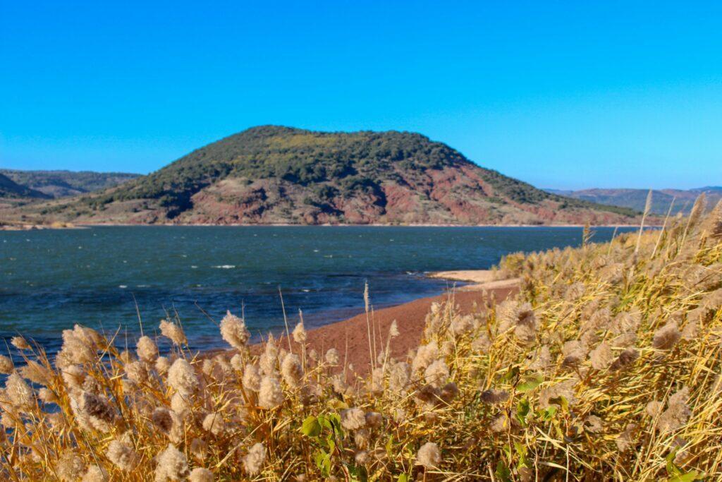 Que voir dans l'Hérault ? Le lac de Salagou