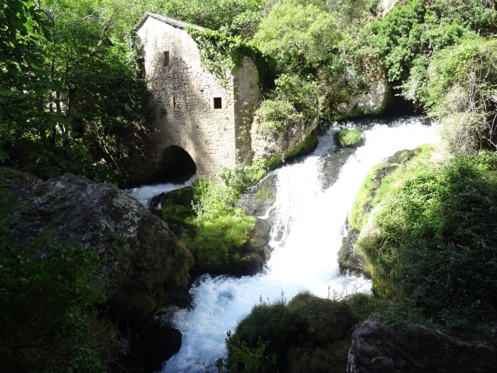 Visiter les Moulins de la Foux, situé dans la région Occitanie