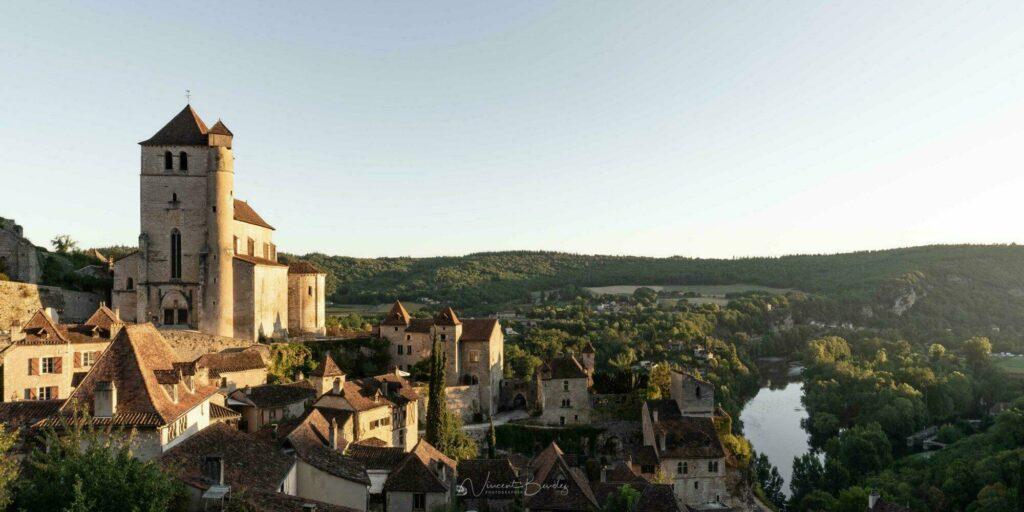 Visiter Saint-Cirq Lapopie, village dans la région Occitanie