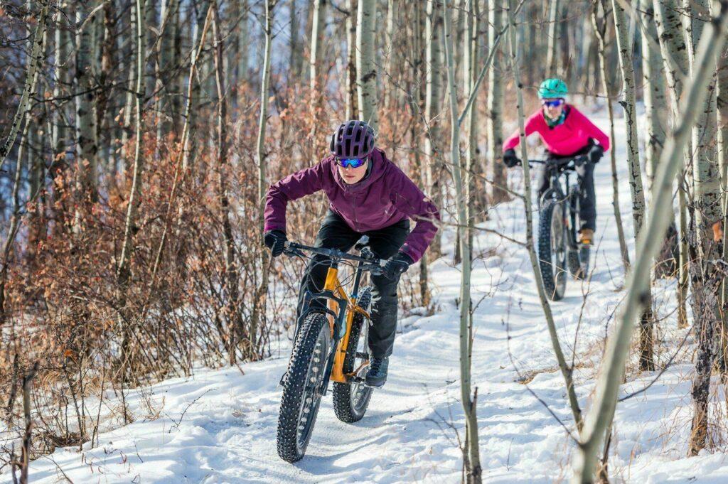 Le VTT sur neige (ou Fatbike), nouveau sport à la mode