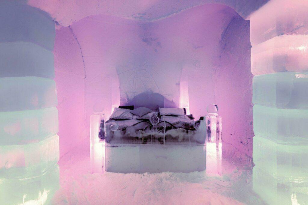 Découvrez l'Ice Hotel, au nord de la Suède
