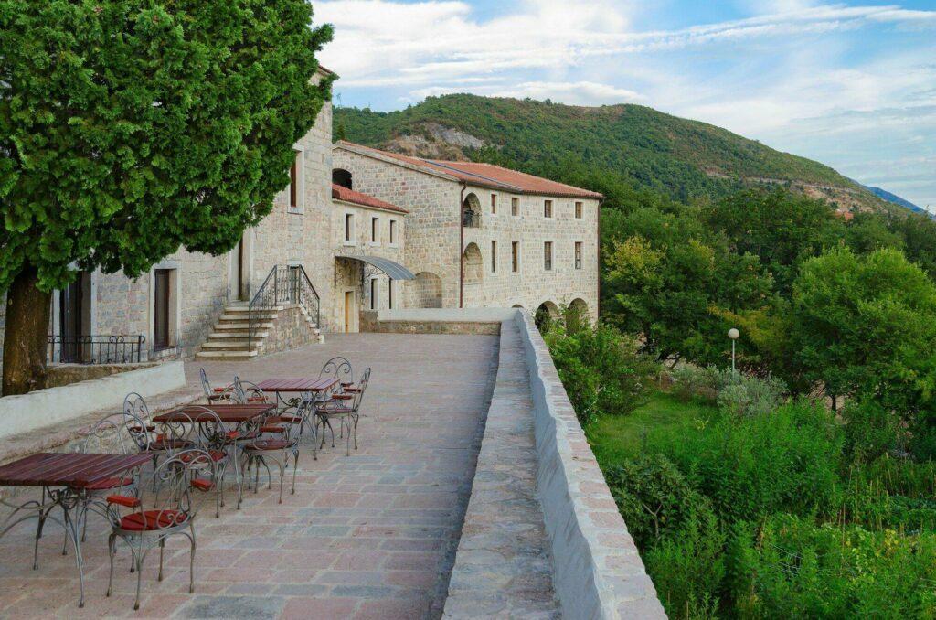 monastère Podmaine