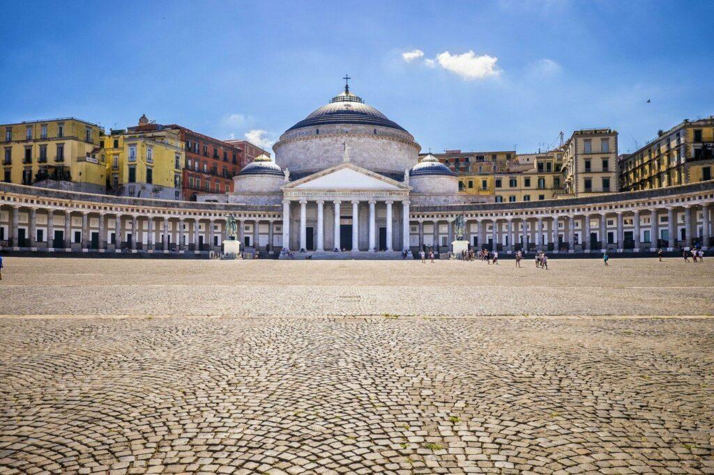 place du Peuple Naples